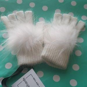 Linda Richards Fingerless Pom Hand Warmer
